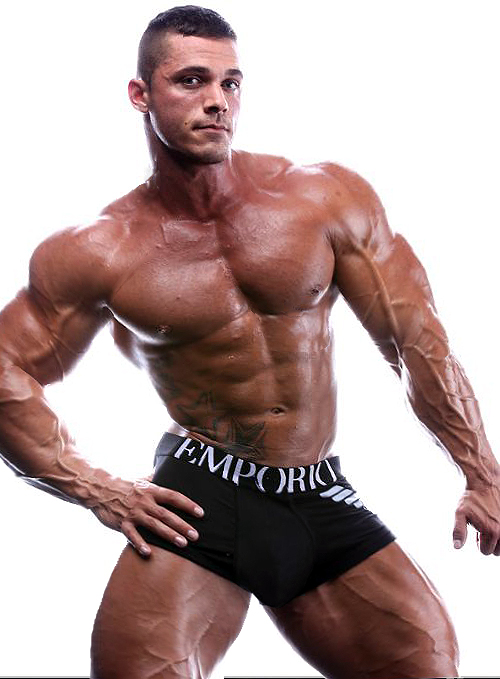 bodybuilder-penis-on-steroids